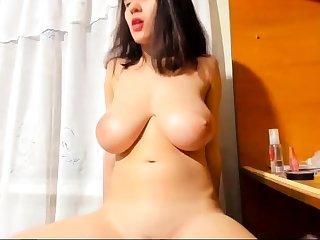 Bigboob brunette plays toys and orgasm live lovemaking webcam