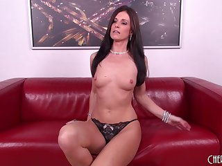 Sexy MILF Inda Summer cums all over his pretentious dick