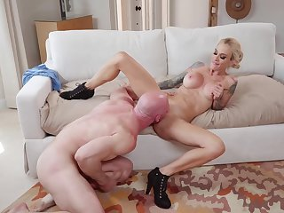 Inked porn leading actress Sarah Jessie gets acquainted on every side Johnny Sins