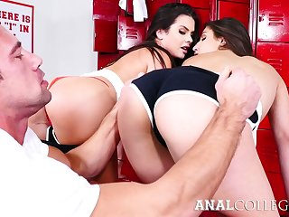 Amazing hottie Keisha Grey blows cock with the addition of gets poked in standing airs