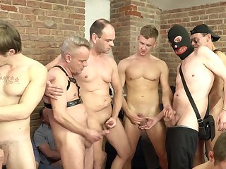 Massive merry orgy with a lot of handjobs, blowjobs and jizz