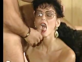 Teresa Orlowski - milf mom who loves men - vintage retro