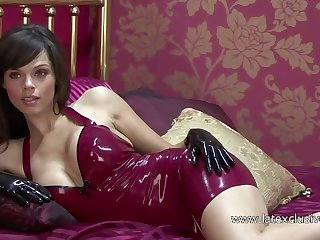 Marvelous bungling latex bitch and her erotic cleverage undressed beside hotel