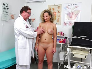 Rectal speculum cross-examination of big-titted mom Ameli Monk