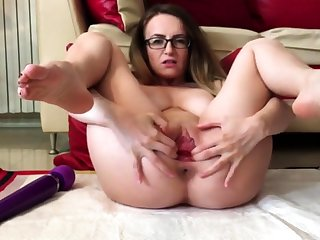 Pussy spread!