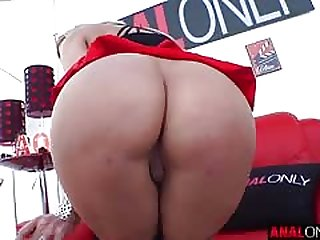 Sophia Deluxe blonde piece of baggage with reference to a juicy ass is fucked